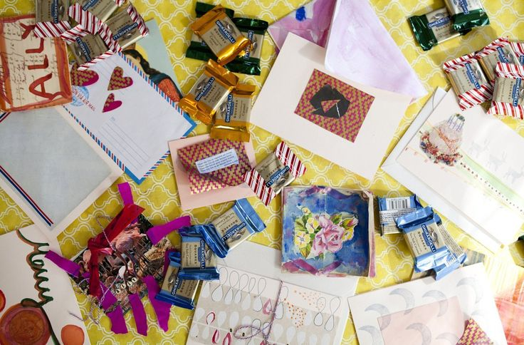 Celebrating with Squares: Throw a Holiday Card-Making Party with Ghirardelli Chocolate Squares