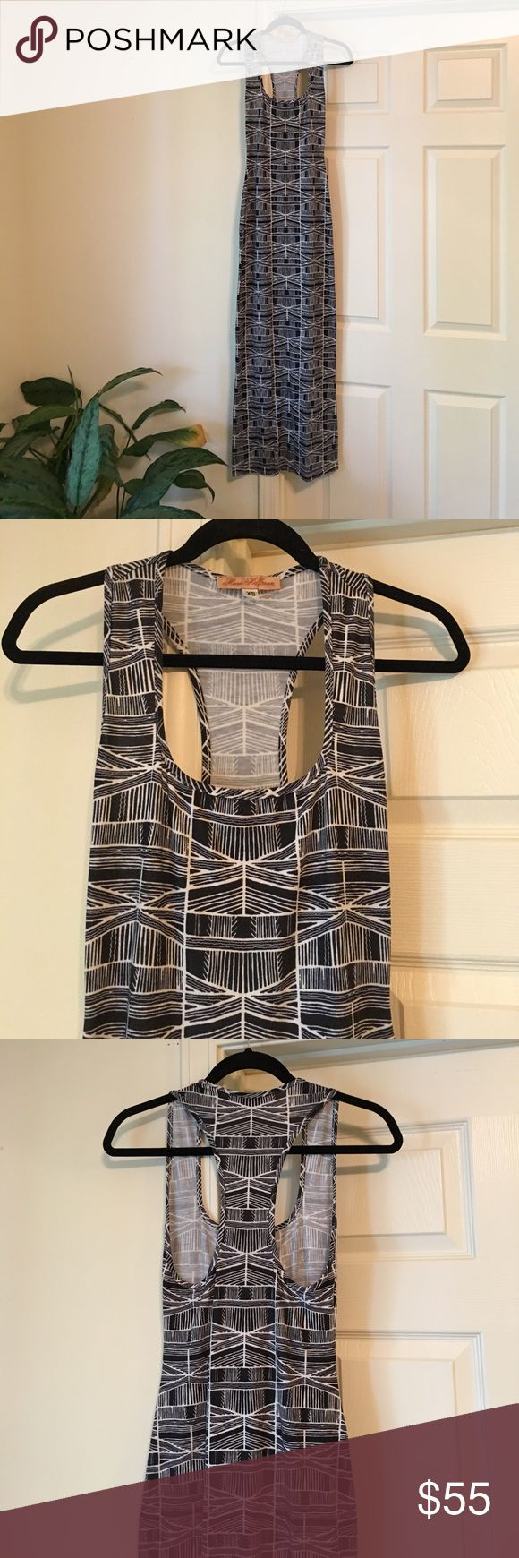 Mara Hoffman Maxi Dress Mara Hoffman Maxi stretch dress with black and white tribal print. This dress is SO comfortable and easy to throw on in the summer. Size marked as xs but could fit xs-small. Mara Hoffman Dresses Maxi