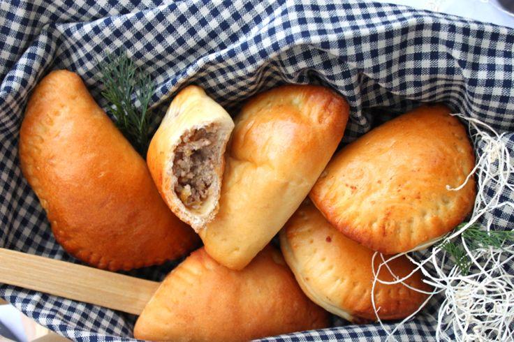 """... ou comment passer agréablement sa journée de réveillon en cuisine ! } En russe, pir [ пир ] signifie """" festivités """" m..."""