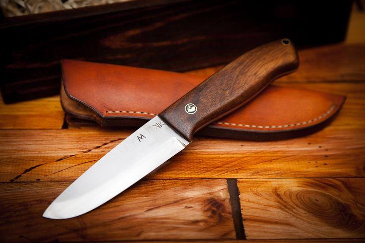 Bushcraft knife for hunter.