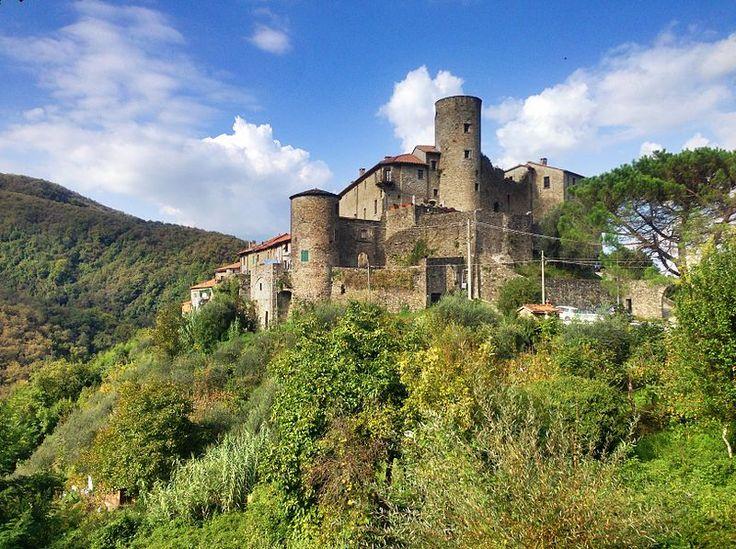 Borgo-di-castevoli - Castevoli - Wikipedia