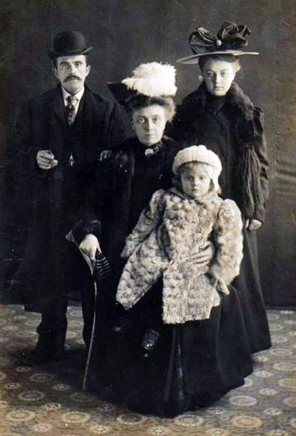 familiefoto in winter - 1900 - 1910