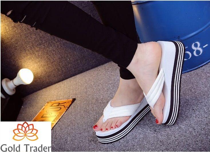 Sandalia de Plataforma 2017  Diseño Exclusivo para Dama  EVA resistente y suave Importada, Única, Cómoda y Exclusiva  Precio de Oferta: S/. 85.00 Tallas exactas disponibles: 36, 37 y 38