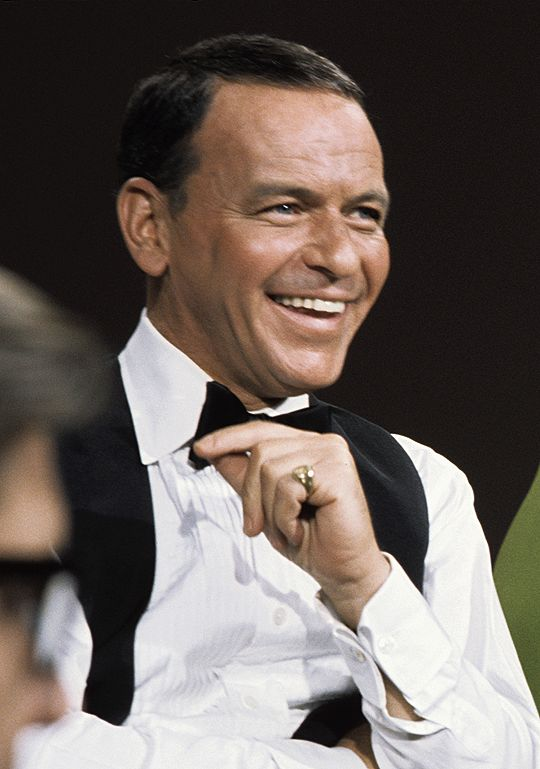 Frank Sinatra :Great Photo , love his smile. Great singer and actor too!