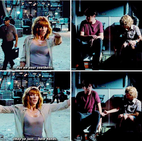 Lol I love this part in jurassic world!!!
