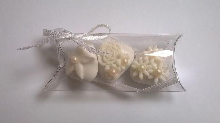 confettata matrimonio, confetti decorati in bianco e con perle di zucchero, by Just Married, 2,30 € su misshobby.com