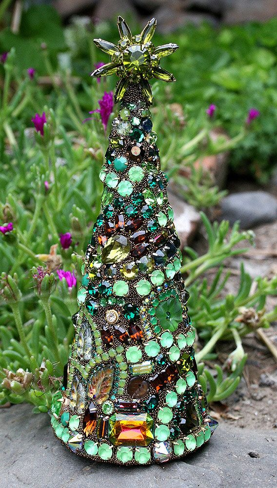 Gorgeous Vintage Rhinestones Green and Brown Jewelry Crystals Christmas Tree with Star - Ultimate Tree Topper - Enchanted Forest by ASoulfulJourney on Etsy https://www.etsy.com/listing/237574032/gorgeous-vintage-rhinestones-green-and