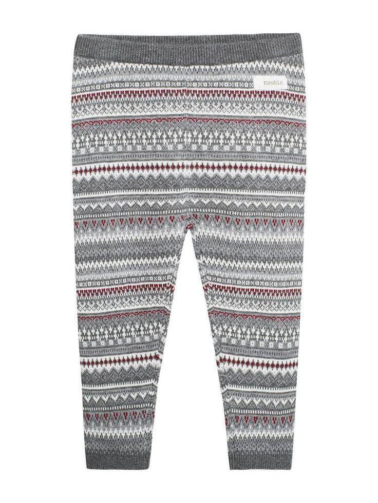 Hos KappAhl hittar du ett par söta byxor med jacquardmönster -Shoppa online & i butik nära dig hos KappAhl!