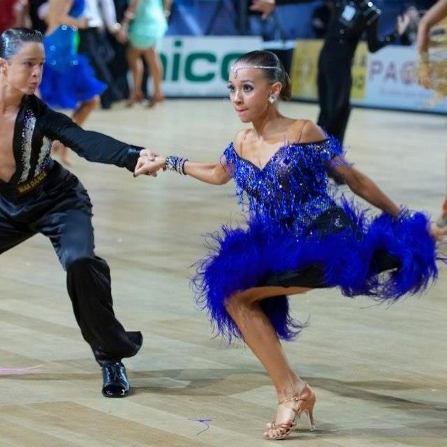 104 Best Dancesport Latin Dresses Images On Pinterest -1569