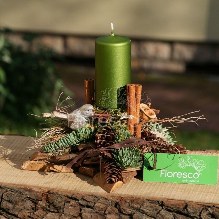 Vánoční svícen hvězda se zelenou svíčkou