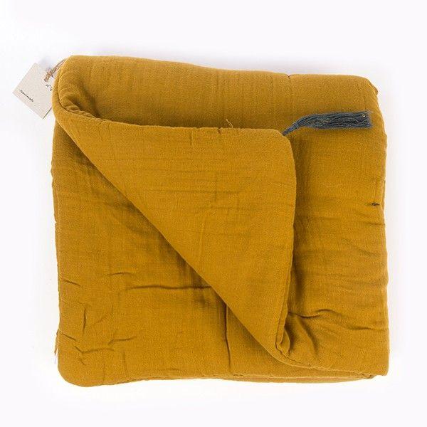 1000 id es sur le th me futon de chambre sur pinterest lit de futon chambre du roi et. Black Bedroom Furniture Sets. Home Design Ideas