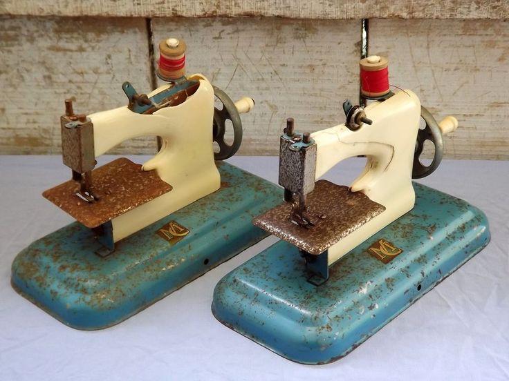 113 les meilleures images concernant machines coudre for Machine a coudre jouet