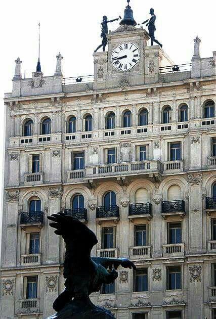Edificio del ex Instituto Biológico Argentino, actual Auditoría General de la Nación Buenos Aires