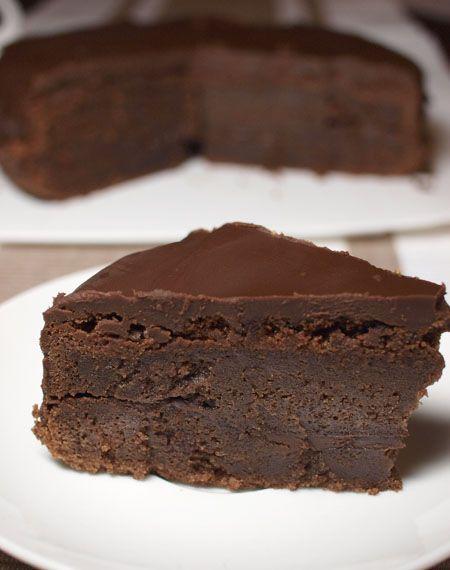 Chocolate buttermilk cake: Buttermilk Cake, Chocolates, Recipe, Chocolate Buttermilk, Food Blog, Favorite, Chocolate Cakes, Dessert