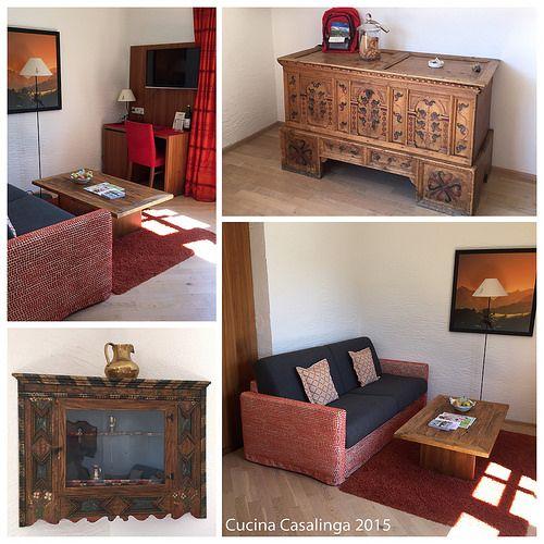 Moderne Zimmer mit traditionellen Details im Goldenen Berg #lech #arlberg #hotel #urlaub #zimmer
