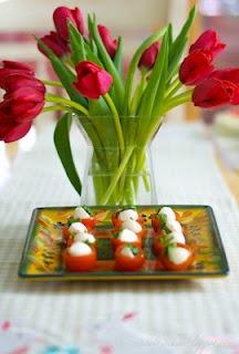 Cherry Tomato Bites: Kitchens, Caprese Cherry Tomatoes, Food, Carrie S ...