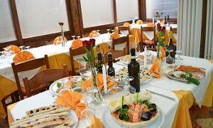 Groupon - Menu di pesce da 5 portate e vino Arneis DOCG (sconto 72%) a Torino. Prezzo Groupon: €29,90
