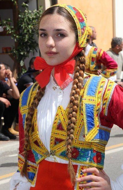 Sardinian woman #sardinians #folklore #traditions #Sardinia #Sardinian #People