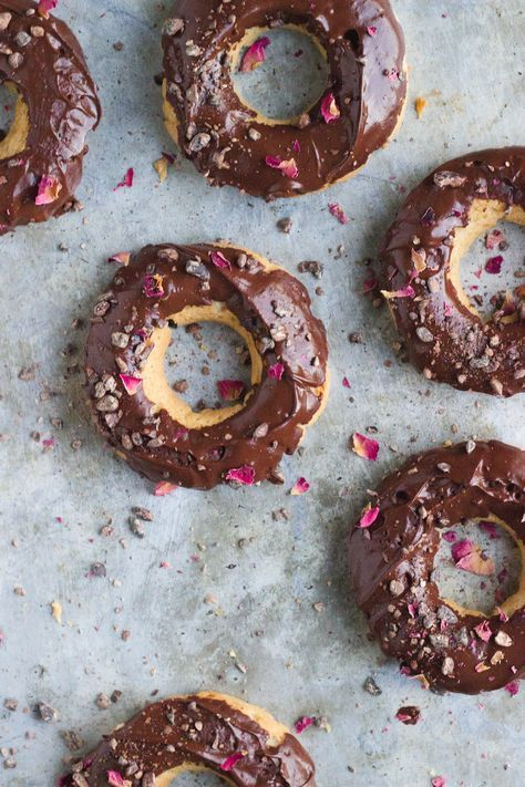 Vanilla Donuts with Chocolate Ganache Frosting + Cacao Nibs + Roses | /withfoodandlove/