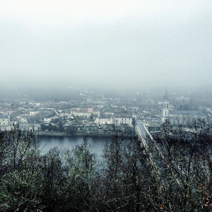 #perigord #france #lalinde #winter #hiver #fog #brouillard #trees #arbres #travel #travelgram #travelpics #travelphotography #bridge #riviere #river  #church #eglise #dordogne #followers
