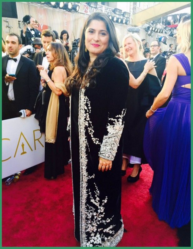 One of my favorite looks from the Oscars 2016 was this black dress worn by director Sharmeen Obaid Chinoy, designed by Pakistan's leading contemporary fashion house, Sana Safinaz