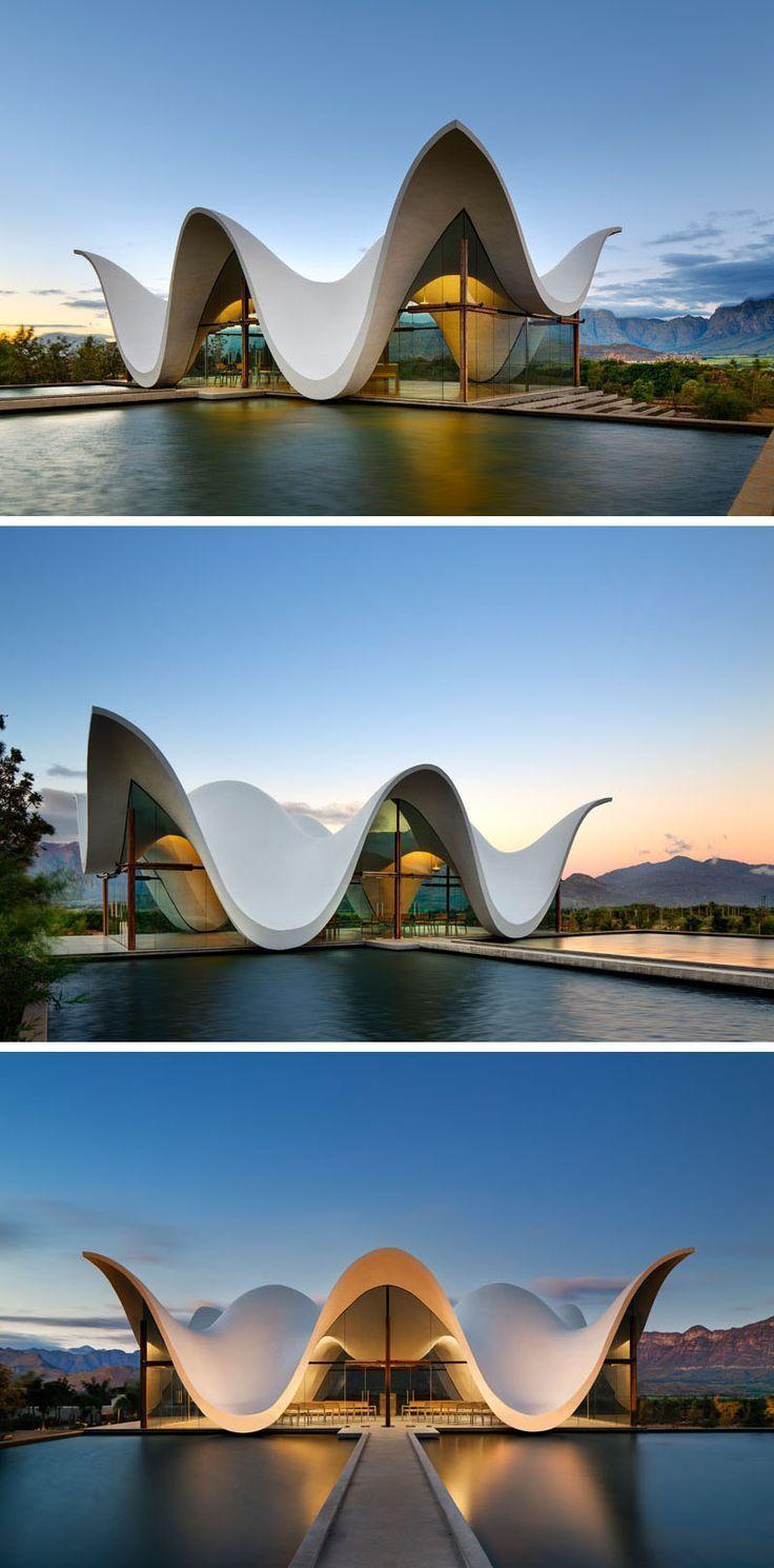 super Das skulpturale Design dieser Kapelle ahmt die Berge nach, die sie umgeben