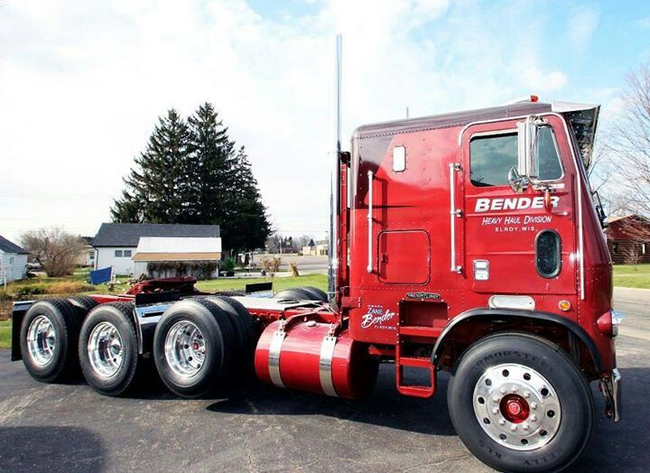 Tri Axle Cabover : Freightliner triaxle heavy haul on off road pinterest