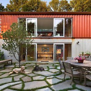 「Quick House」その名の通り「早い家」。これは、コンテナを使った住宅用キットの名称だ。以前、コンテナ ...