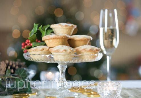 By Greenwoods Hotel Spa and Retreat @GreenwoodsHotel 6 weeks today till Christmas Day!! Have you booked your christmas fayre lunch with us yet?  Three course festive lunch throughout December for just £29.95 per person. Contact the events office to book your table on 01277 829990 http://www.greenwoodshotel.com/