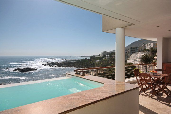 BALI DREAM. Holiday Rental  in Camps Bay for 6 People at R3,990 / Night