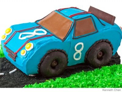 Your kid will feel like a true Indy 500 winner if you serve up this cake with a tall bottle of milk.