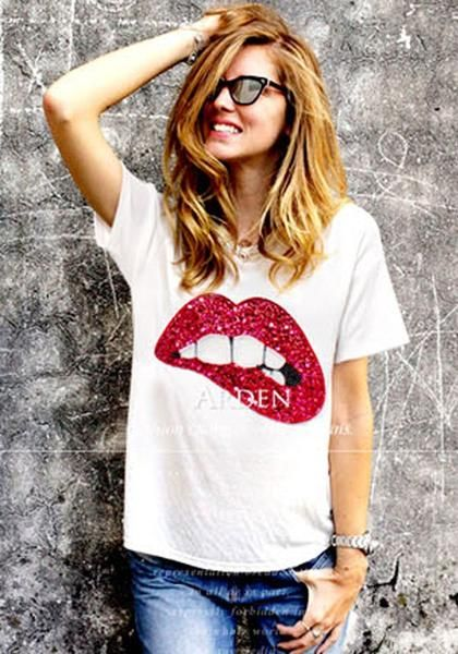 521a00f6a92 Red Cartoon Sequin Round Neck Casual T-Shirt