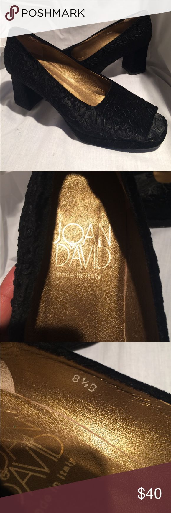 JOAN&DAVID made in Italy 😍😍😍 Vintage JOAN&DAVID velvet heels so cute in person if you like style and different 😍😍😍size 8 1/2 great condition I love them 😍😍😍 Joan & David Shoes Heels