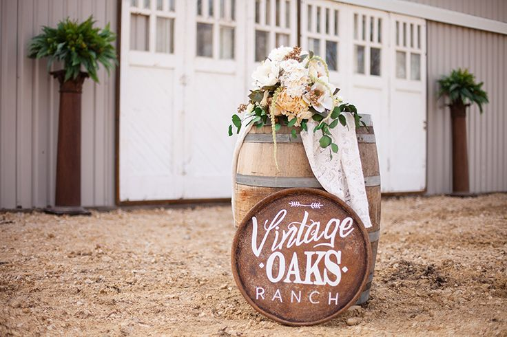 Outdoor Wedding Venue In Waco Tx Vintage Oaks Ranch Is Located Outside Axtell This Rustic Picturesque Setting Ideal For You