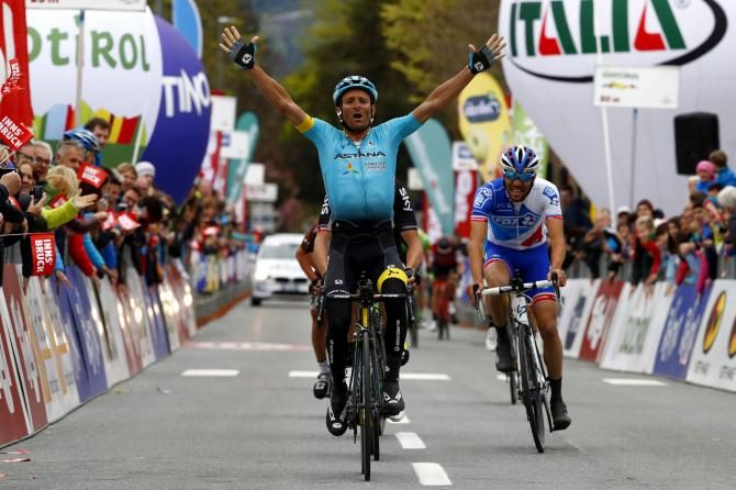 Michele Scarponi claims the opening stage of the Tour of the Alps with Geraint Thomas 2nd & Thibaut Pinot 3rd.