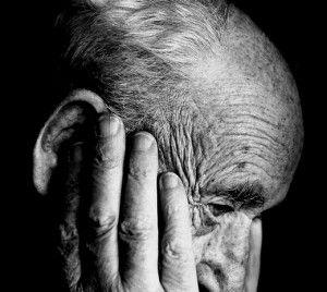 Las etapas del alzheimer: tres fases a tener en cuenta