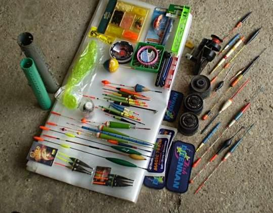 Ha hobbihorgásznak készülünk, egy nagy horgász táskára biztosan szükségünk lesz, ami a legszükségesebb dolgokat magában rejti! De mire is van feltétlenül szükségünk a pecázáshoz?