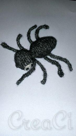 Een tijdje terug maakte ik deze spin. Nu vind ik het leuk als andere mensen deze ook kunnen maken. Leuk voor de kinderboekenweek of halloween. V=vaste 2v in 1v= 2 vaste in 1