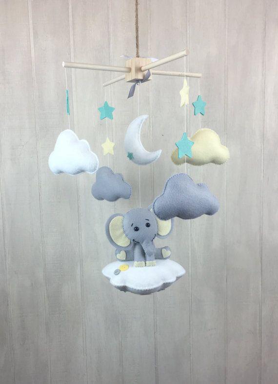 Baby mobile elephant mobile cloud babies por JuniperStreetDesigns