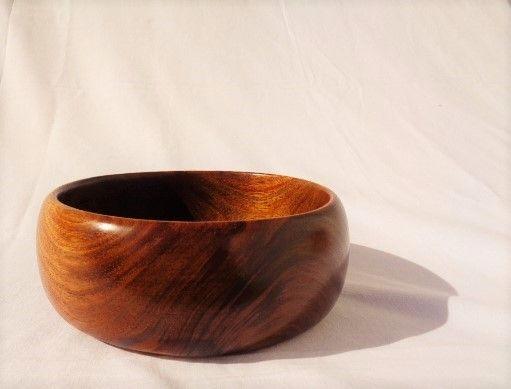 Tigela em madeira de Acácia