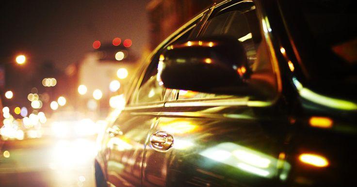 Universidades de Ingeniería Automotriz. Más allá de la mecánica básica de automóviles, que depende diariamente del mantenimiento y reparación de los vehículos, se encuentra toda una fuerza de trabajo automotriz que mantiene a los entusiastas de los coches americanos en el borde de sus asientos cada año. Los ingenieros automotrices crean coches prototipo para exposiciones de carros que ...