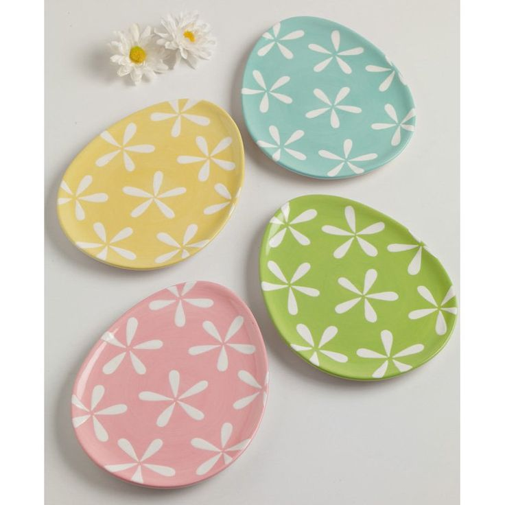 Cute Easter dessert plates from Hayneedle - Daisy Eggs Ceramic Dessert Plate - Set of 4
