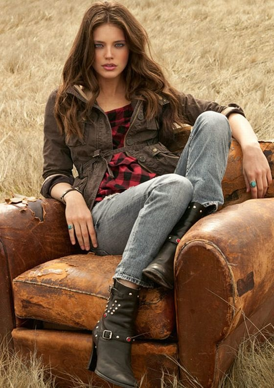 Emily Didonato Ralph Lauren Polo Jeans Fall 2010, love the turquoise rings and boots!