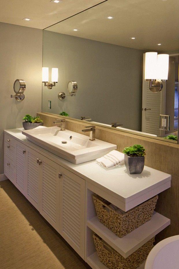 Ванная комната с современным интерьером