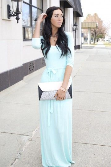 Mint maxi dress with pockets and tie waist