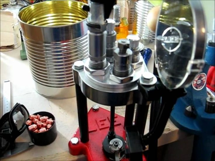 Lee Classic Turret Reloading Press introduction and demonstration
