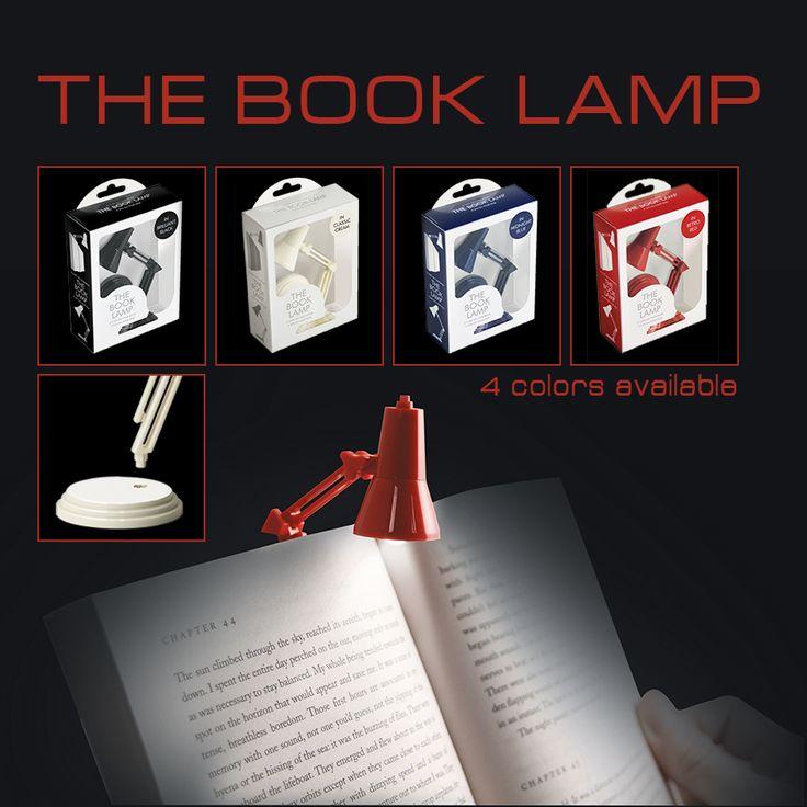 Deze klassieke leeslamp klik je eenvoudig op je boek maar kun je ook op je bureau of boekenplank kwijt. Verkrijgbaar in 4 kleuren. Kijk voor de verkooppunten op www.dresz.nl