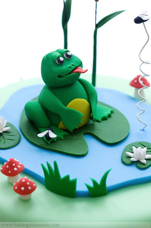 http://www.bakingobsession.com/2009/11/09/frog-in-a-pond-cake/