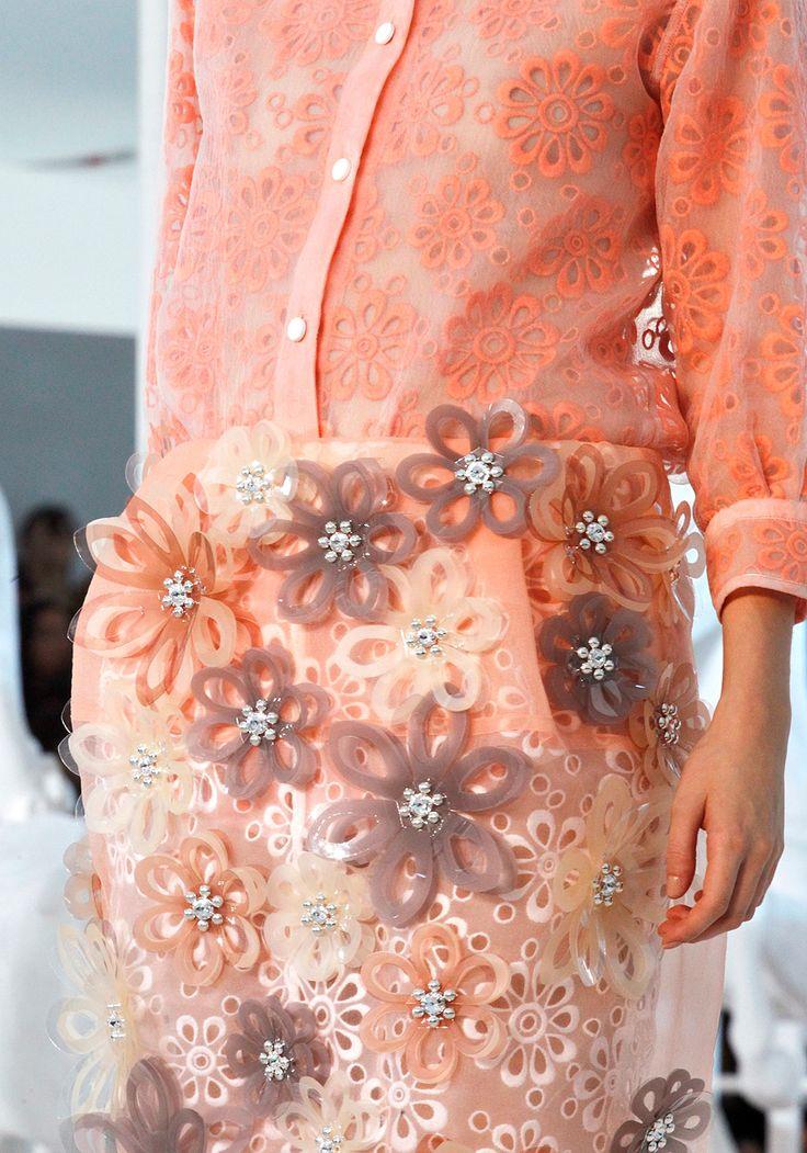 Louis Vuitton Spring 2012: Louisvuitton, Louis Vuitton, Fashion Details, Color, Clothes, Peach, St. Louis, Spring, Flower