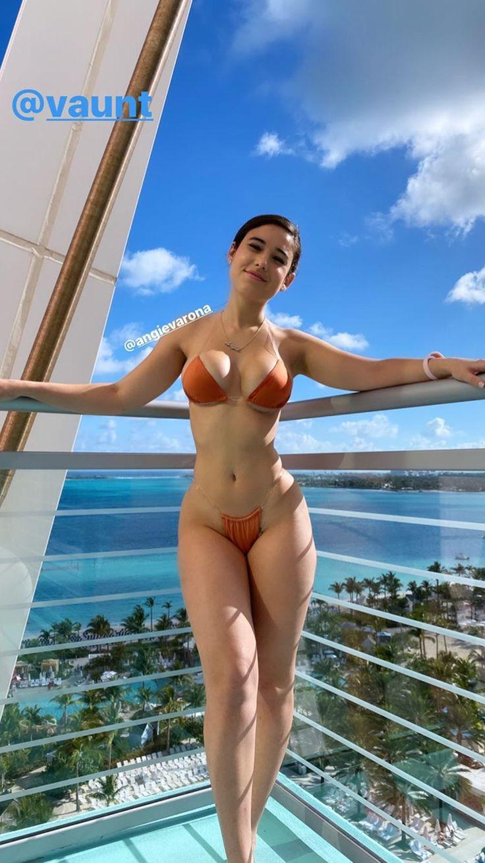 Catherine tate cleavage